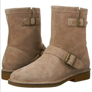 NEW Hush Puppies 100% Suede Leather Resistant Boot